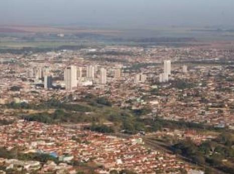 Sertãozinho registra números positivos na geração de empregos, segundo o CAGED