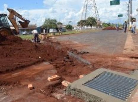SAEMAS executa construção de galerias de águas pluviais entre as avenidas Amâncio Lopes e Aléssio Mazer