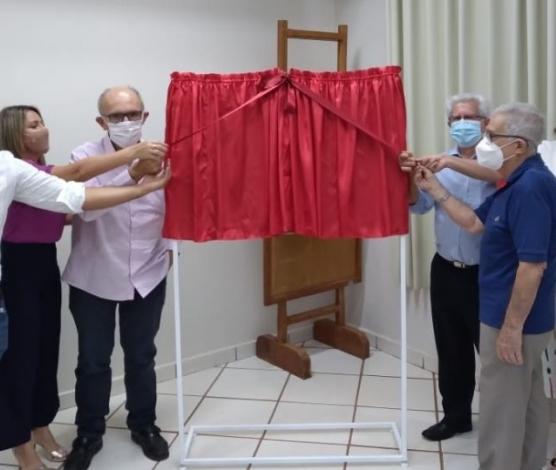 Imagem retirada de https://sertaozinho.sp.gov.br/santa-casa-reinaugura-centro-cirurgico-e-obstetrico-